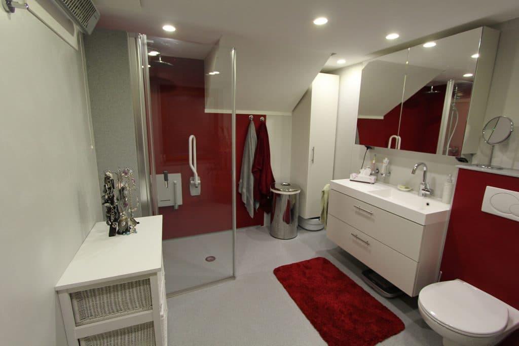 Seniorengerechtes Badezimmer – von der Planung bis zur Umsetzung
