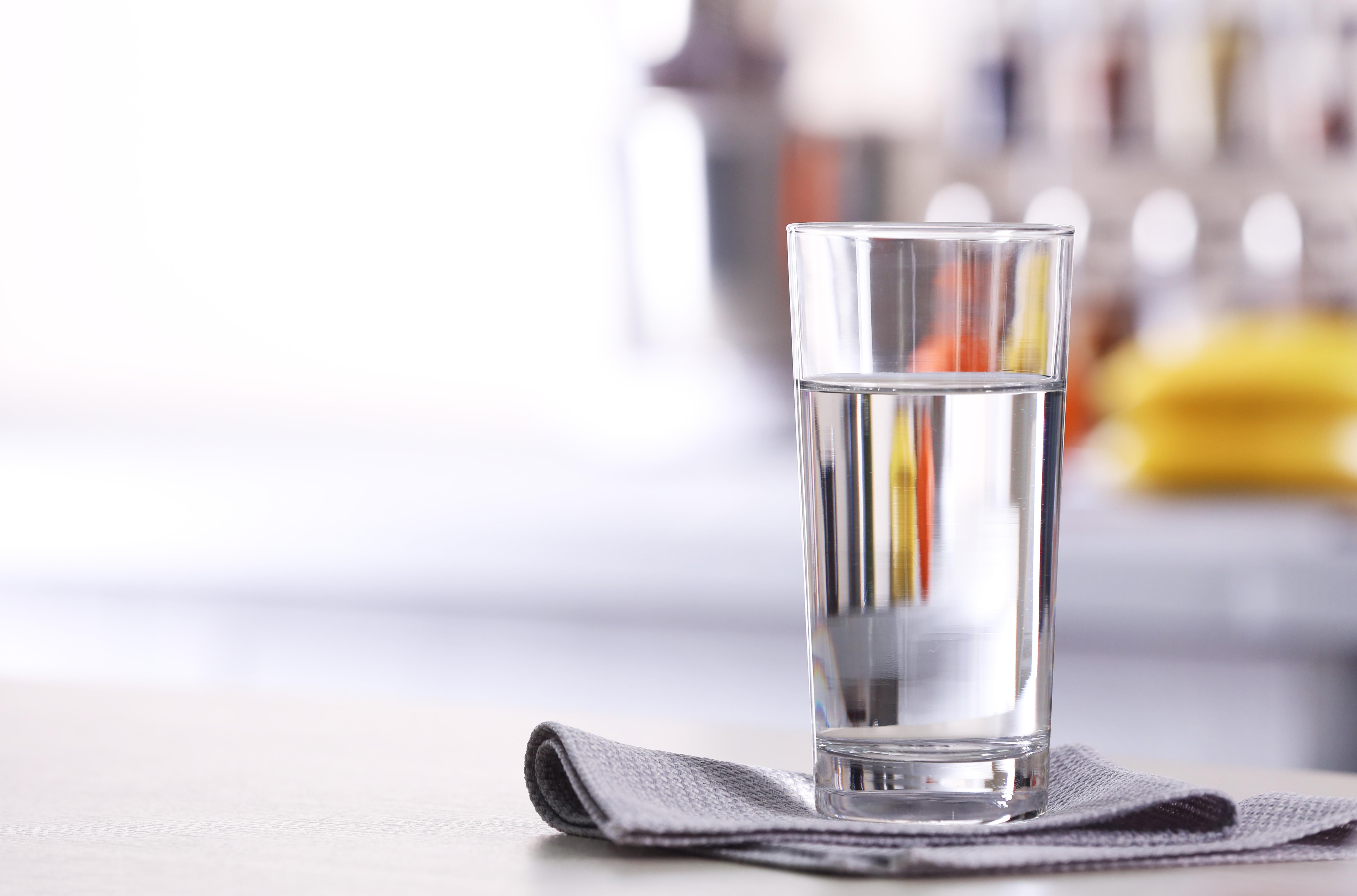 Sommer, Sonne, Durst - wer richtig trinkt, fühlt sich besser