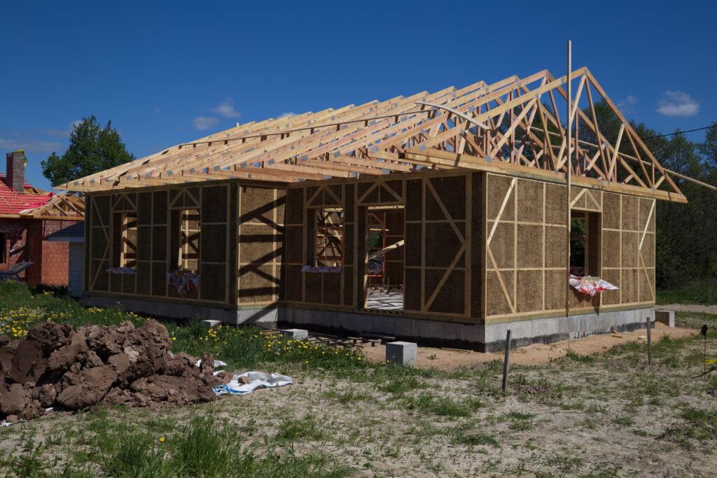 Nachhaltiges Bauen mit Stroh: Die Vor- und Nachteile
