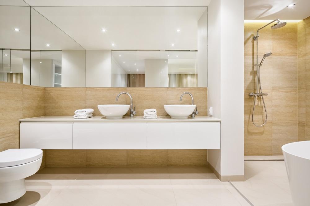 Ein modernes Bad gestalten: 5 Tipps für Ihr neues Badezimmer